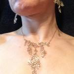 Organisk-unika-18-kt-guld-halssmykke-øreringe-filigran